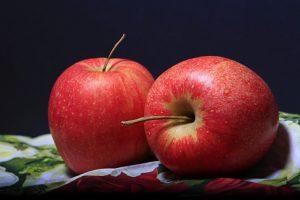 dwa-jablka